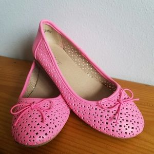 Children's Place pink slip on shoes 13 girls